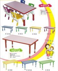 高档幼儿课桌椅 高级幼儿园桌凳 成都幼儿园