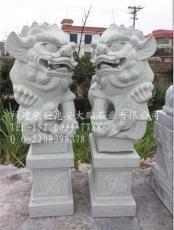 惠安招财石狮 门口献钱石雕狮子厂家